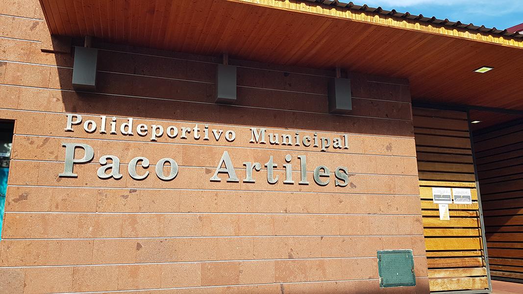 UGT Canarias se congratula del acuerdo entre LUDE y el Ayto. de Telde para prolongar el servicio de la instalación deportiva Paco Artiles